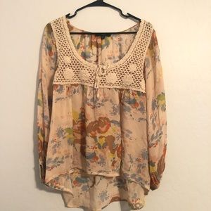 Floral and knitted blouse